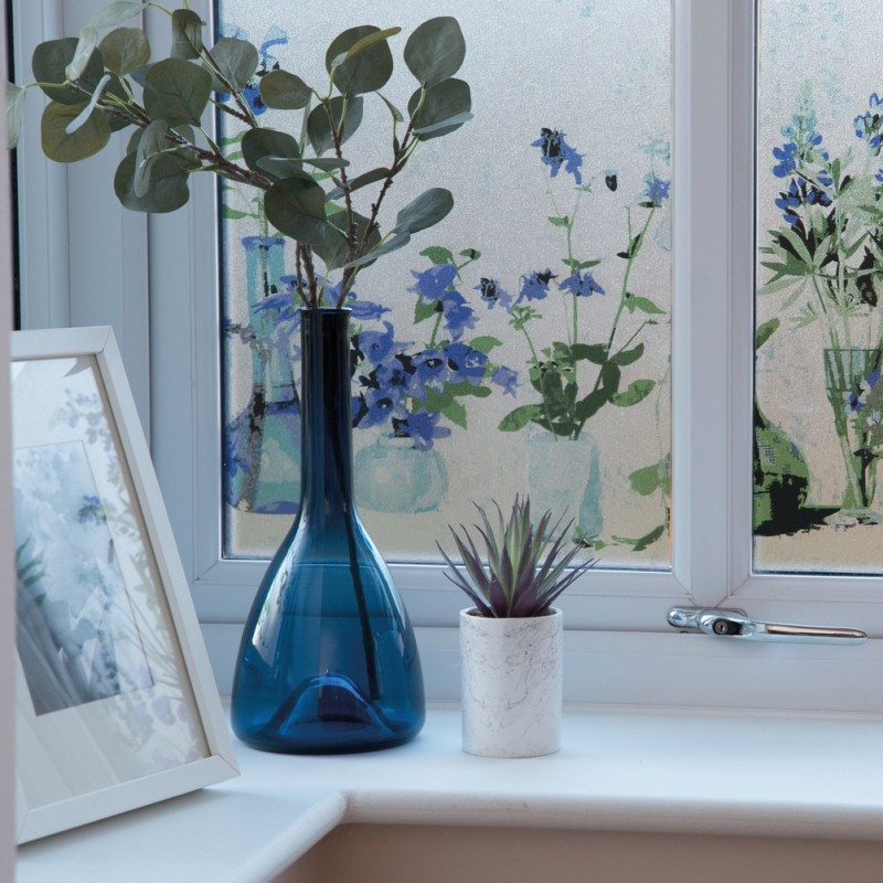 Autocolant d-c-fix Vitraliu Semitransparet Static (fara adeziv) Premium  Flori Albastre  Neele 45cmx1.5m cod 334-0040