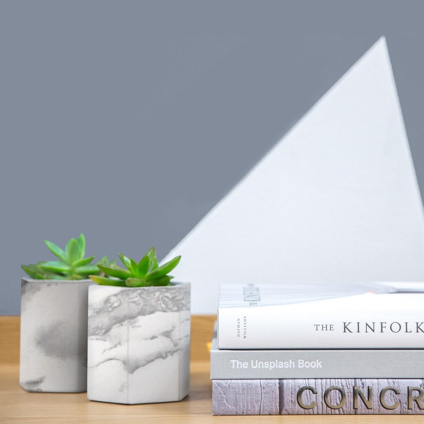 Autocolant Gekkofix imitatie marmura alb cu gri 67.5cmx15m cod 11131 davopro 2021